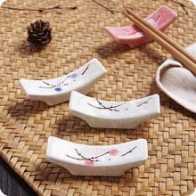 Estilo japonês floco de neve cerâmica design pauzinhos titular colher garfo pauzinho resto suporte cozinha ferramentas utensílios de mesa resto palillo