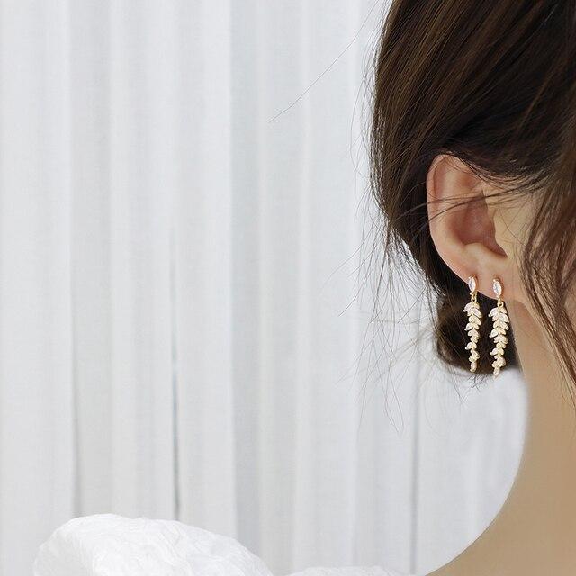 Charm 18k Real Gold Leaves Earrings for Women Exquisite Tiny Zirconia Stud Earring Elegant Korean Crystal Wedding Ringen Pendant 2