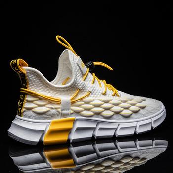Męskie buty do biegania oddychające siatkowe trampki męskie zasznurować lekkie buty odkryte buty sportowe męskie buty do biegania Zapatillas Hombre tanie i dobre opinie YTracyGold CN (pochodzenie) Stabilność Hard court Początkujący Dla dorosłych Mesh (air mesh) Średnie (b m) Niskie