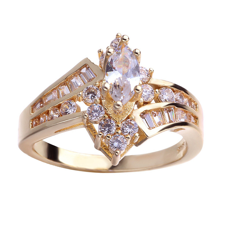 Classic Luxury Oval White CZ Gold Ring 4