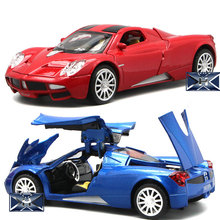 Hot 1:32 sports car model Pagani alloy sports car model sound and light home accessories children's toys Christmas gifts 1 24 luxury car model giulia alloy car static model sports car collector s edition model color box package boy toys gifts