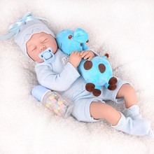 цены на girls Toy 55cm cloth body Reborn Baby Dolls non-toxic Silicone Lifelike boy Babies Dolls Girl Birthday bebe Gifts reborn toy  в интернет-магазинах