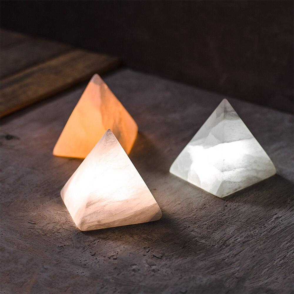 Moderno HA CONDOTTO LA Luce di Notte Piramide Minerale Carica di Induzione del Sensore di Tocco Lampade Da Comodino Regalo Dei Bambini Camera Da Letto Soggiorno Illuminazione della Stanza