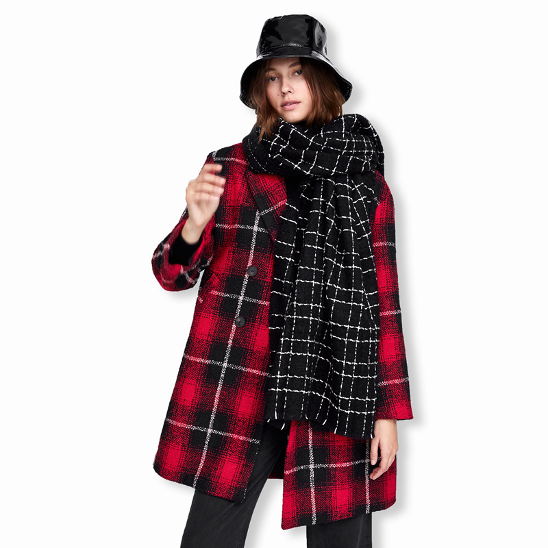 Explosions scarf in autumn and winter Europe and the original black and white Plaid thick warm shawl women Joker scarf