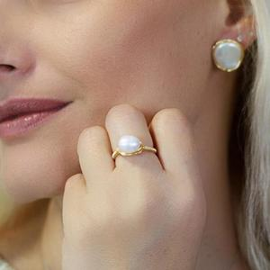 Image 2 - Pearl Ring Natural freshwater pearl ring For women Handmade Creative Gold Color rings Wedding Party luxury pearl rings