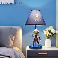Cartoon kreative Altman tisch lampe junge schlafzimmer kinderzimmer lampe blau LED Superman dekorative tisch lampe-in LED-Tischleuchten aus Licht & Beleuchtung bei