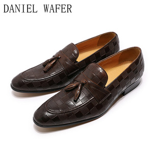Image 3 - 高級メンズローファーイタリア本革の靴のファッションチェック柄プリントレースアップウェディングオフィスカジュアルドレスシューズ男性
