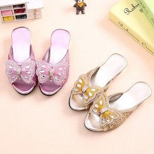 Шикарные тапочки на низком каблуке с бантом; Повседневные Вечерние кожаные туфли для девочек; модельные туфли принцессы с блестками; Размер...