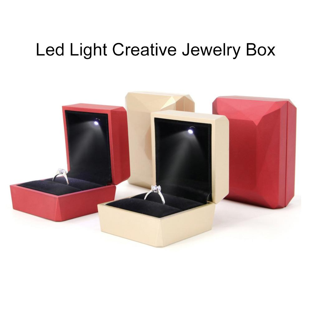 Rhombus Surface LED Rings Holder Jewelry Storage Box Case Container Organizer Jewelry Display Rings Box For Wedding/engagement