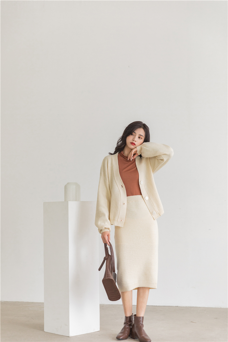 H97ed1b68d970426b89521ed04d7fbf1b9 - Autumn / Winter V-Neck Cardigan and Solid Midi Pencil Skirt