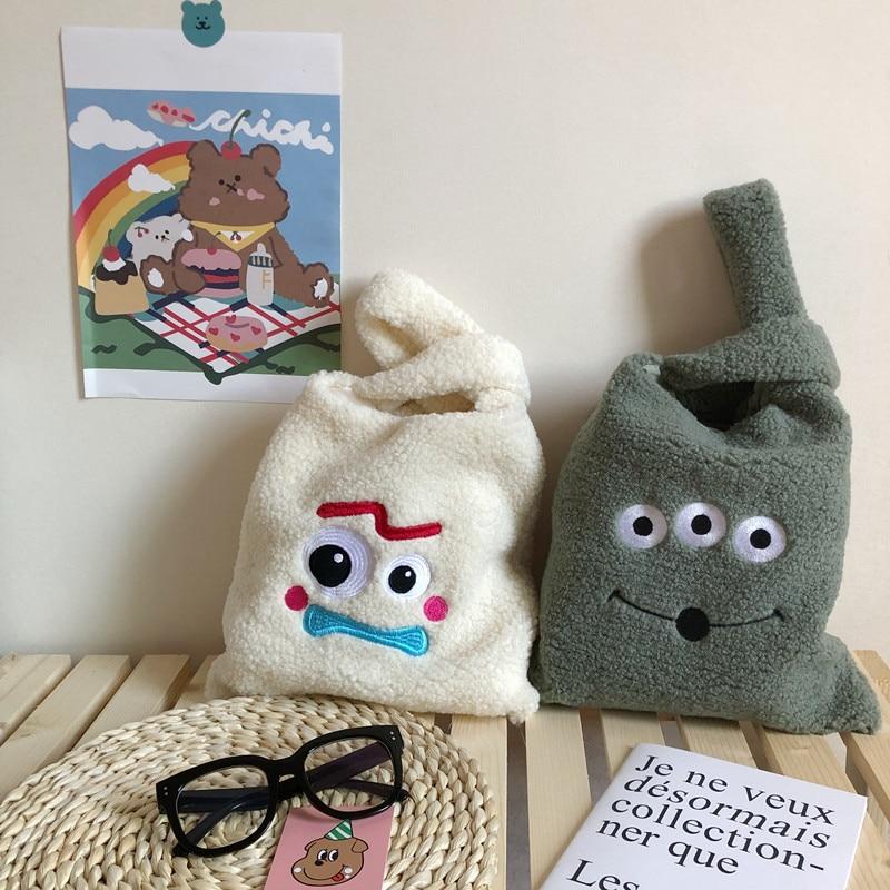 Hand Bag  Women Plush Shoulder Bag Winter Cartoon Handbags Cute Squirrel Face Embroidery  Solid Color Ladies Bag Tote  28*30cm