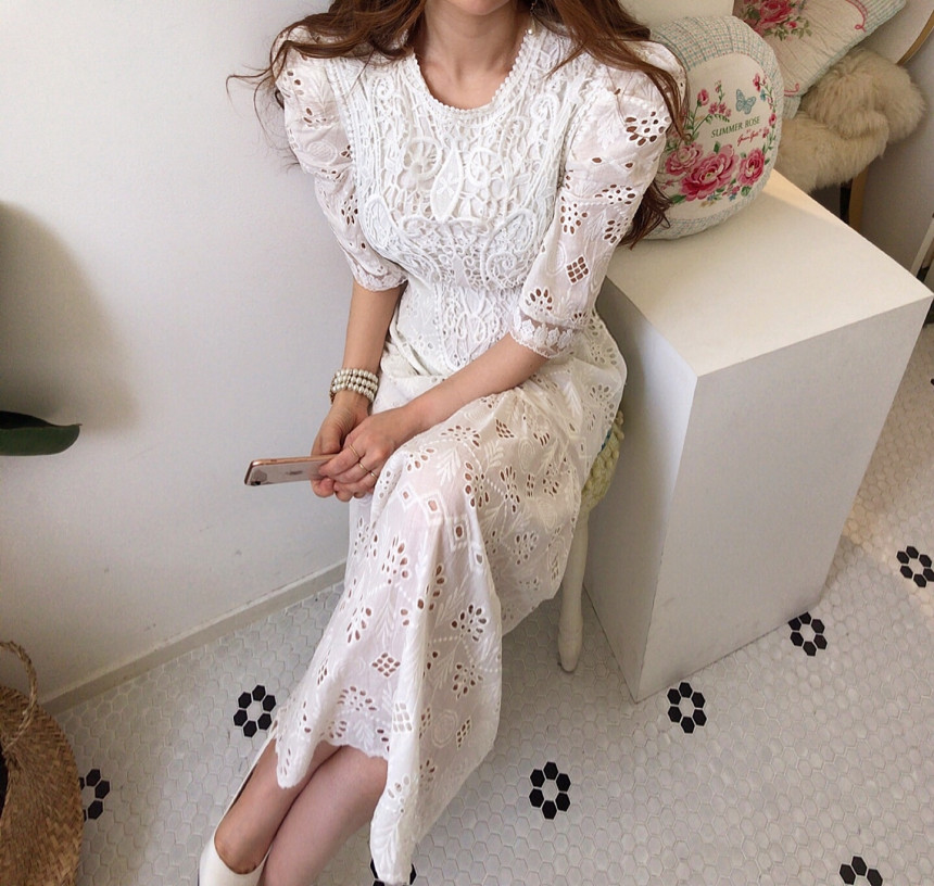 H97f4293a64014160a6a1ee9a1cc0ab10S - Summer Korean O-Neck Half Sleeves High Waist Lace Hook Flowers Hollow Out Midi Dress