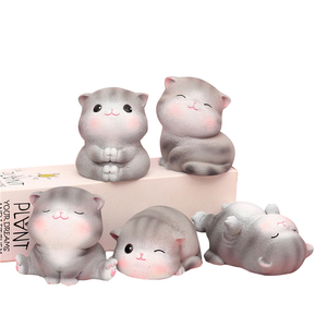 2020 New Universal Cute Cat Car Decoration Display Accessory Ornaments Automobiles Interior Decorations Small Gift