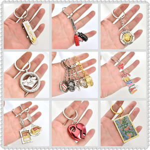 Metal Crystal Rhinestones Dice Key Chain Pisa Tower London Letter Key Ring for Man/woman Birthday Gift Souvenirs Cheap Wholesale(China)