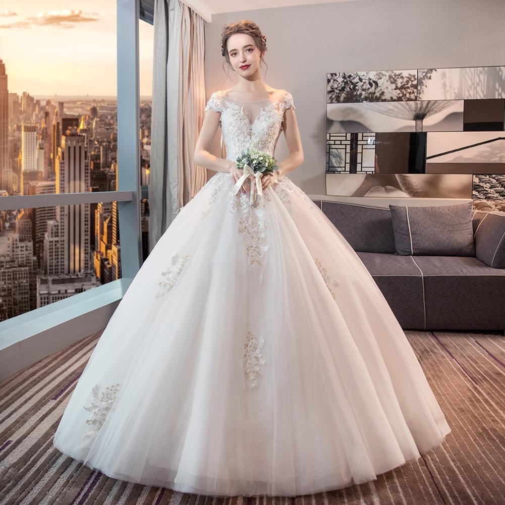 Épaules nues robe de mariée 2019 nouvelle mariée Version Court princesse montrer mince Simple grand personnalisable robes de dentelle
