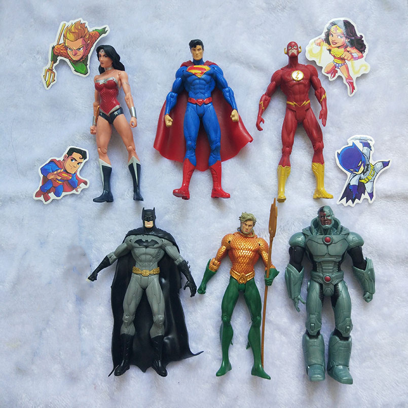 18 CM The Flash Batman Aquaman Action Figure Super Hero Cyborg Justice-League Comics Wonder Woman PVC Model Toys image