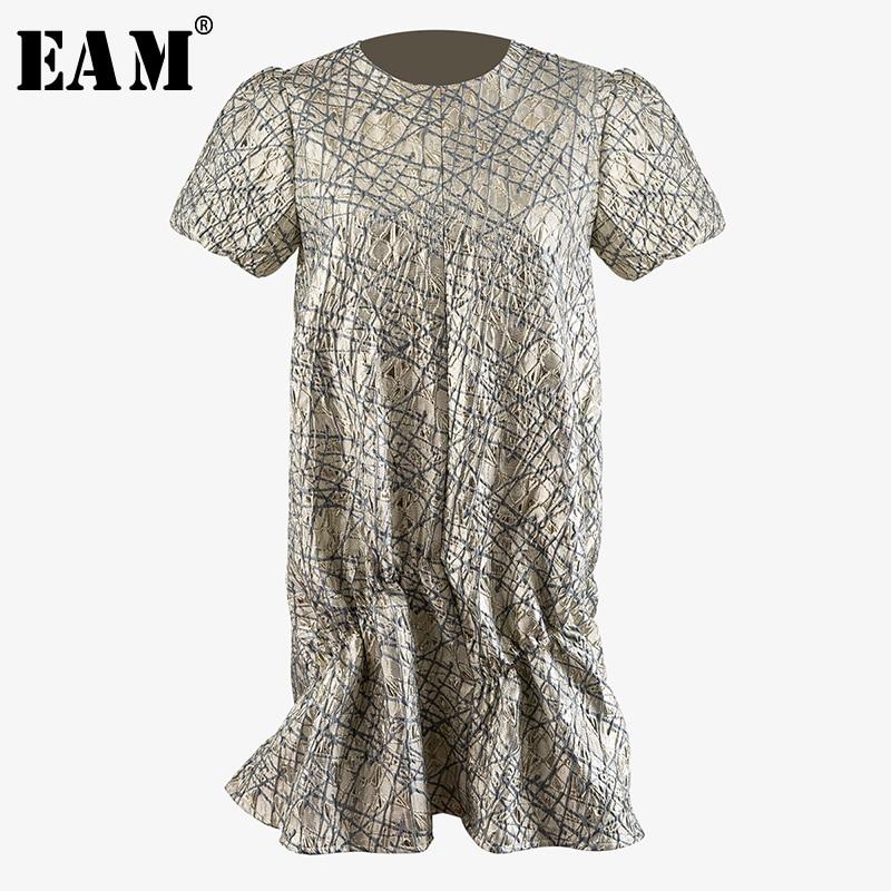 [EAM] Women Pattern Printed Irregular Pleated Dress New Round Neck Short Sleeve Loose Fit Fashion Tide Spring Summer 2020 WM671