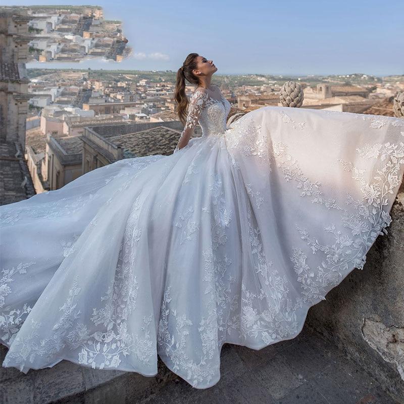 Dubai Africa Long Sleeve Tulle Wedding Dress 2019 Court Train Vintage Lace Princess Wedding Dress Bridal Gowns Robe De Mariee