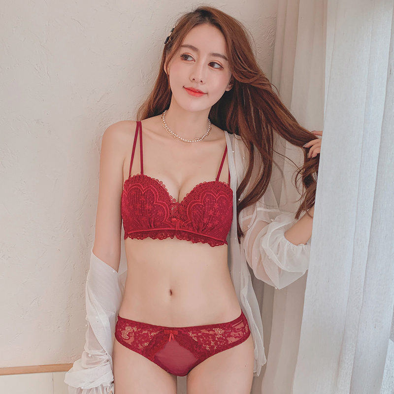 Sexy red lingerie for women with small breasts gathered without underwire wedding bra set comfortable adjustable bra