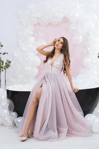 Image 3 - Платья на выпускной różowy tiul sukienka na studniówkę wysoki podział głęboki dekolt suknia wieczorowa linia zasznurować vestido de festa