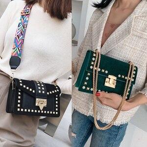 Image 5 - Mała przezroczysta marka projektant kobieta 2019 nowych moda torba torebka na ramię z łańcuszkiem aksamitne nity przezroczysta kwadratowa torebka z PU