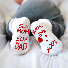 Милые носки для малышей с надписями; носки для младенцев из чесаного хлопка; нескользящие носки для малышей 0-1 лет; Новое поступление года