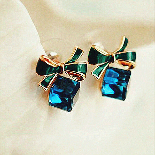 Gold Color Bowknot Cube Crystal Earring Square 4