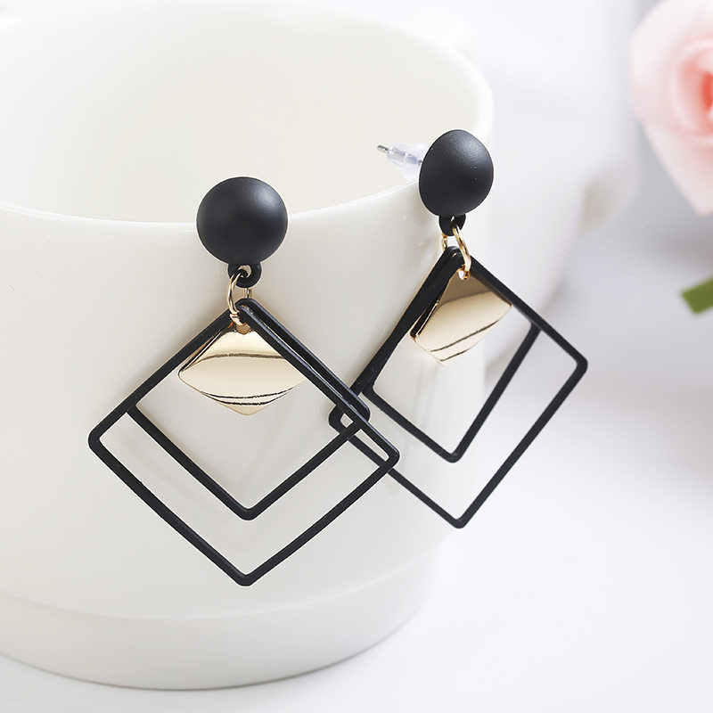 2019 Retro women's fashion statement earring earrings for wedding party Christmas gift  tassel earrings  korean earrings