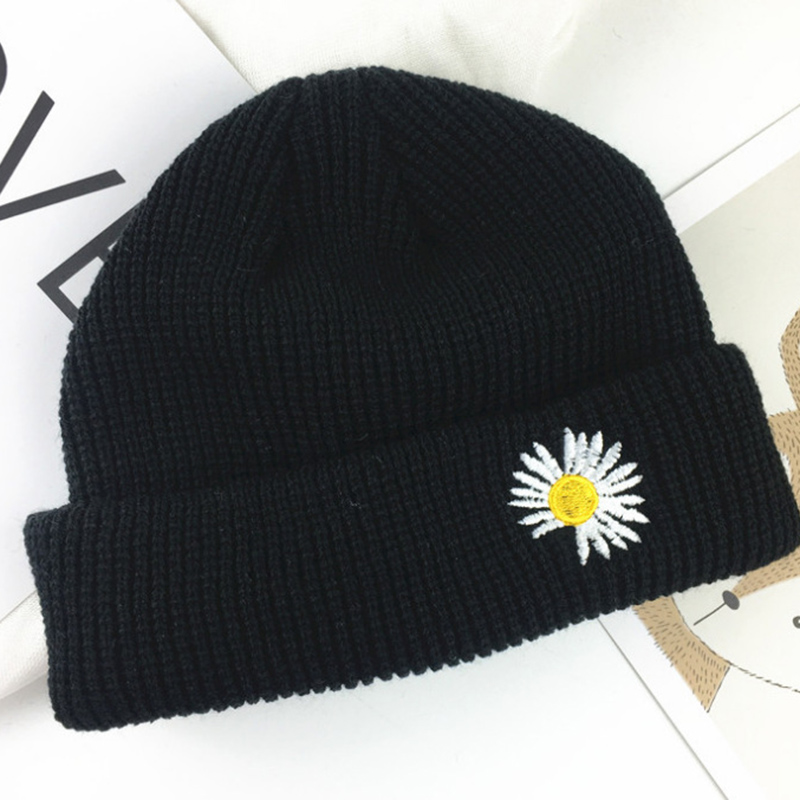 Kpop GD Small Daisies Embroidery Beanies Hat Bigbang Gdragon Same Paragraph Knitted Caps Unisex Black Hip Hop Hat Bonnet Gorros