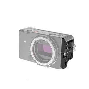 Image 3 - SmallRig placa lateral izquierda con bloqueo de Cable para cámara Sigma fp Placa de liberación rápida con bloqueo de Cable USB y HDMI 2672