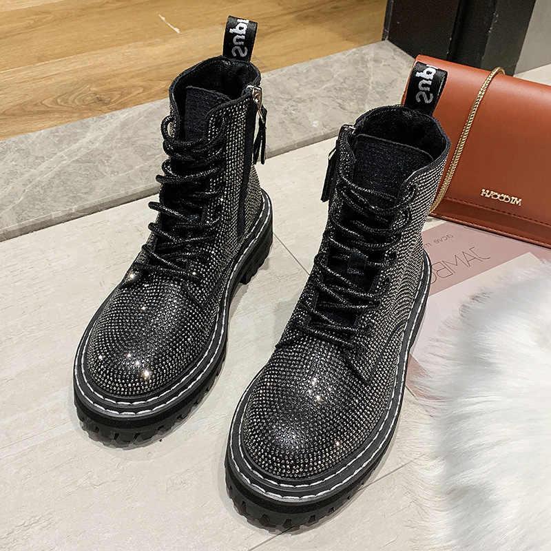 Tasarımcı Glitter platformu Martin çizmeler kadın ayakkabıları sonbahar kış moda yuvarlak ayak dantel-up deri bot bayan ayakkabı P084