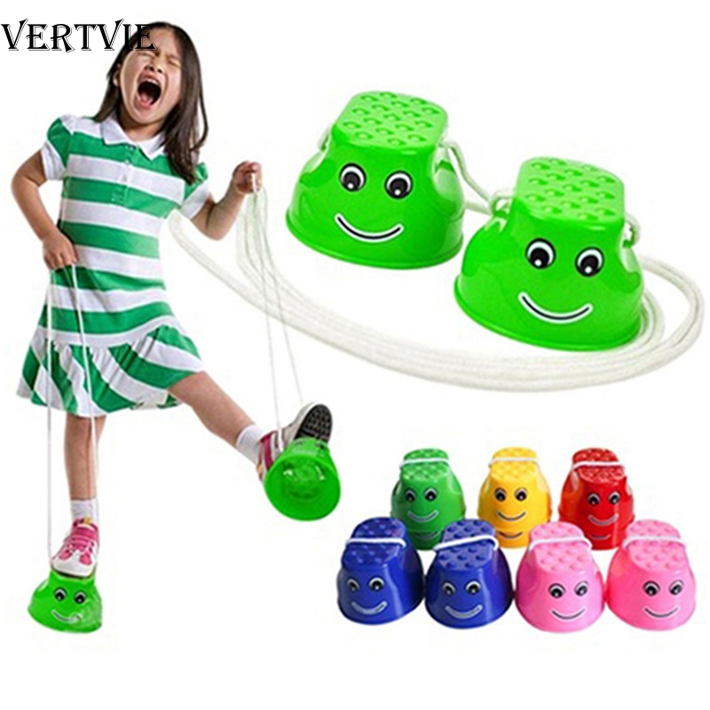 VERTVIE Outdoor Plastic Balance Training Equipment Smile Jumping Stilts Coordination Game Jumping Feet Stilts For Kids Toys