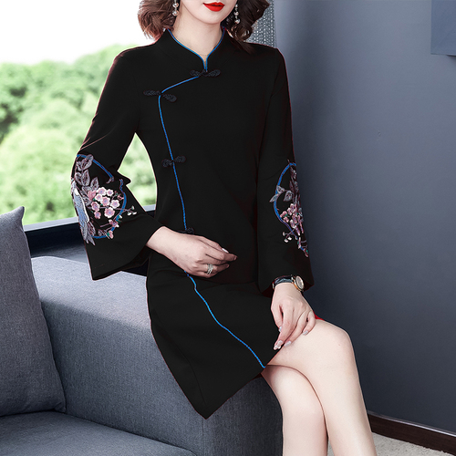 2021 Spring New Improved Cheongsam Female Ancient Hanfu Retro Chinese Style Dress Floral Flare Sleeve Buckle Party Dress Women 7