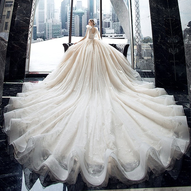 Supper Gorgeous Shiny Crystal Lace Ball Gown Wedding Dress Wih Chapel Train V-neck Bow Shoulder Princess Bridal Dresses 1