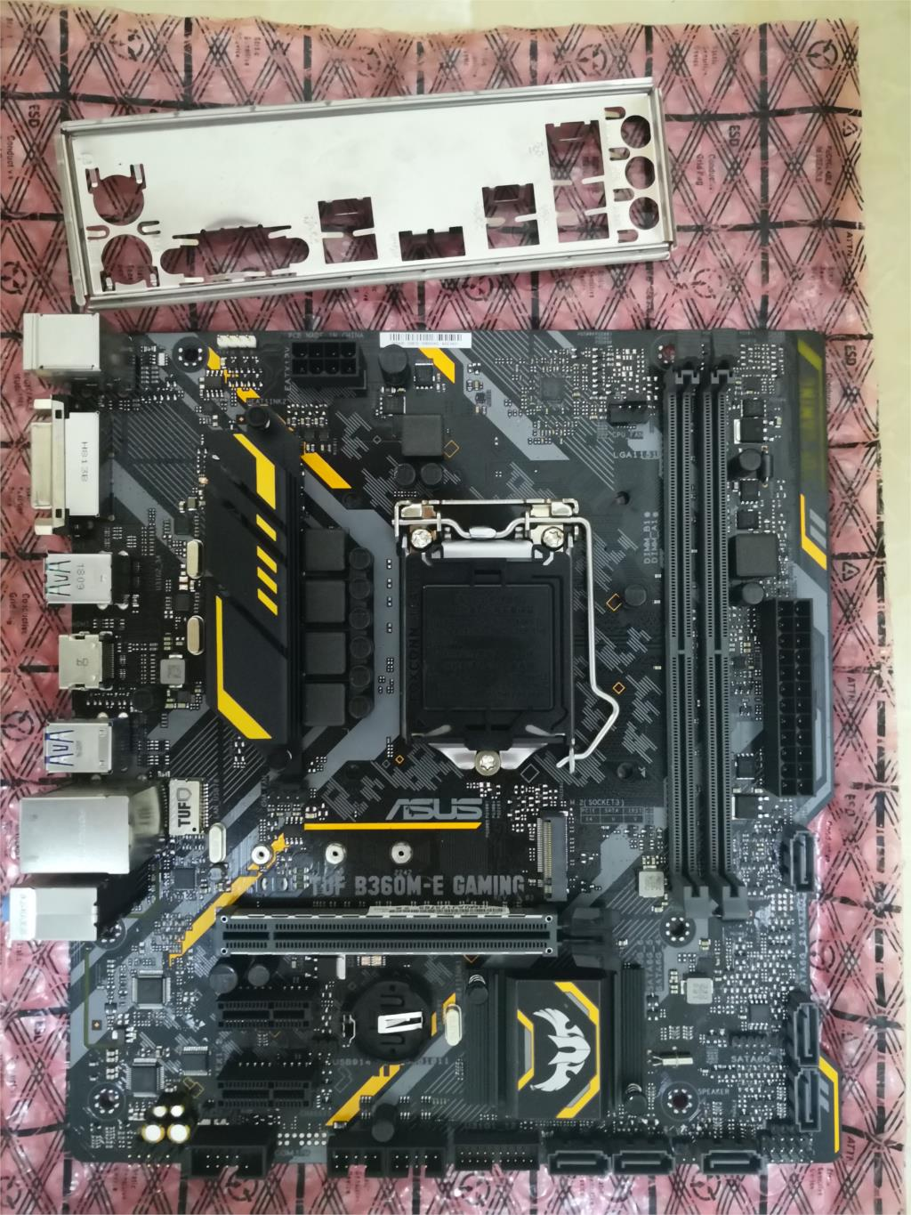 Asus B360M-E GAMING Desktop Computer Motherboard B360 Motherboard With COM Port Support 8400 Used Like New