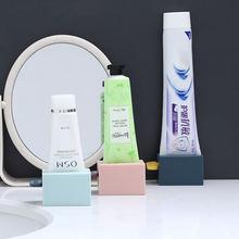 Ванная комната поставки ручного toohpaste сжатие косметическое