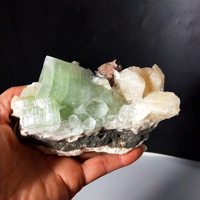 Beautiful Specimens Of The Crystal And  Fisheye Mineral Specimen With Natural Energy Healing Stones