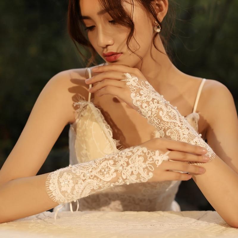 Ivory Gloves Wedding Accessories Fingerless Gloves Lace Appliqued Gloves Wedding Gloves Pearl Wrist Length