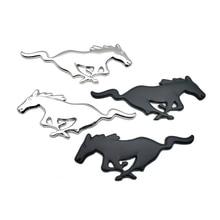 цена на Pair Metal 3D Running Horse Side Door Wing Fender Car Badge Sticker Auto Emblem For Mustang