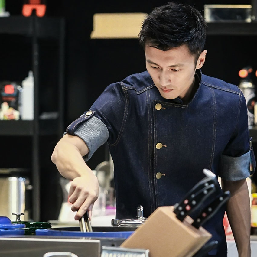 Man Chef Jacket With Apron Uniform Food Service Cook Denim Cotton Short&full Sleeve Tops Oil Water Proof Shirt Clothing Set