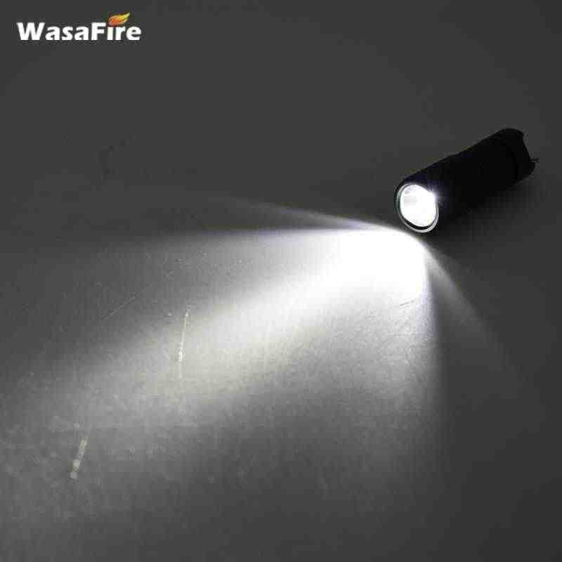 USB قابلة للشحن صغيرة الشعلة مصباح صغير سلسلة مفاتيح بكشاف LED مصباح جيب فانوس مقاوم للماء مع بطارية USB كابل شحن