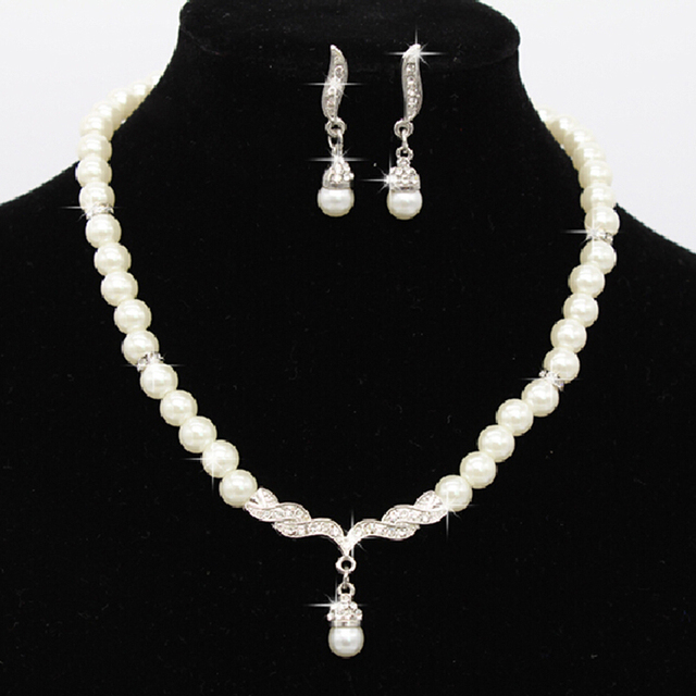 Wedding Party Pearl Rhinestone Necklace Earrings set