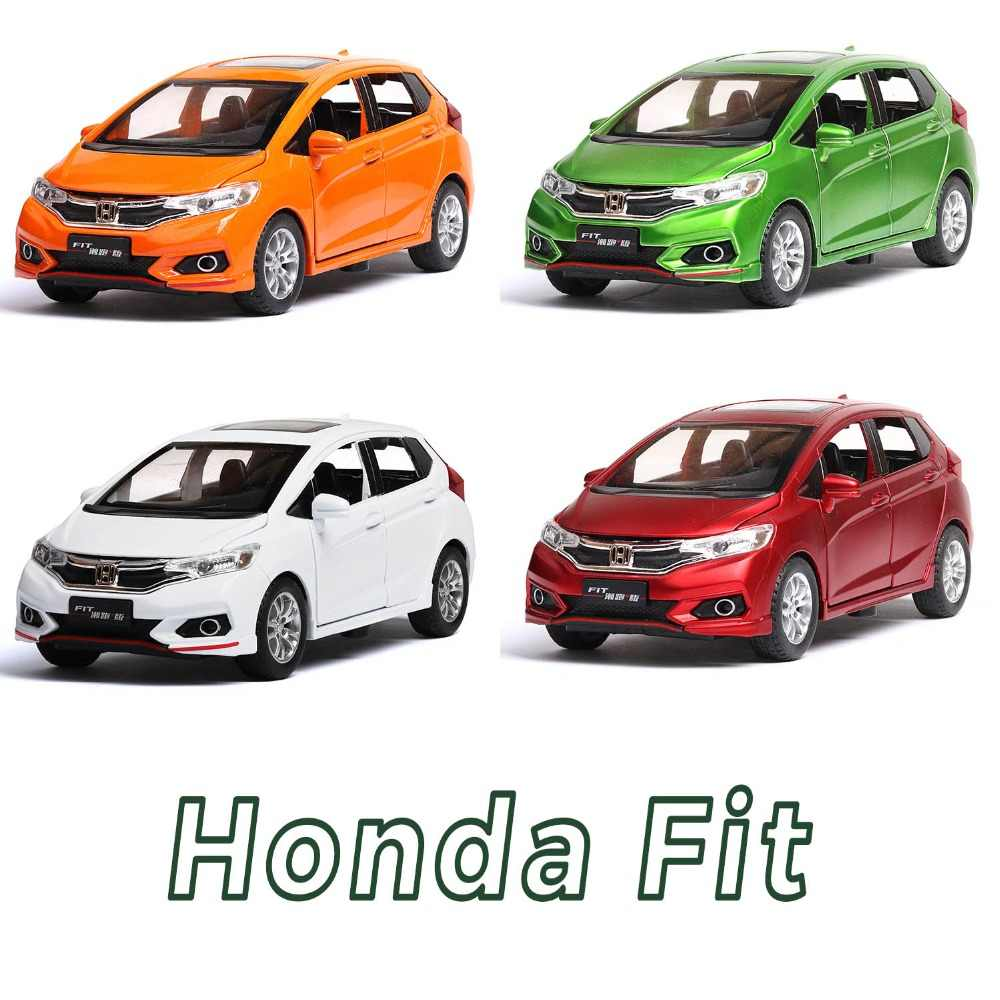 1/32 Diecasts & Toy Vehicles Honda FIT Car Model With Sound&Light Collection Car Toys For Boy Children Gift brinquedos