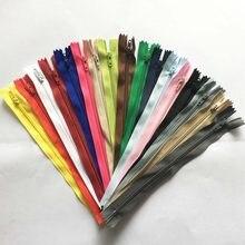 10 Peças/pacote Longo Zip Zipper Ziper Plástico 3 #12cm 15 centímetros 20cm 25cm 30cm 35cm 40cm 45cm 50cm 55cm 60 centímetros Para O Saco De Costura de Vestuário