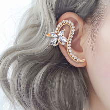 10 Style Fashion Ear Cuffs Star Flower Ear Cuff Clip Earrings for Women Crystal Climbers No Piercing Fake Cartilage Earring 2020