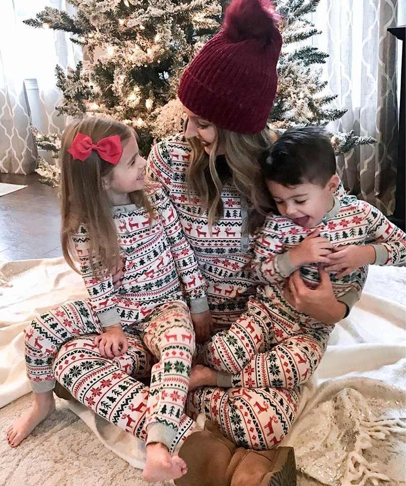 Họ Phù Hợp Với Giáng Sinh Bộ Đồ Ngủ Set 2019 Mới Xmas Bán Mẹ Bố Kid Cho Bé Ngủ Váy Ngủ Homewear Họ Phù Hợp Với PJs bộ