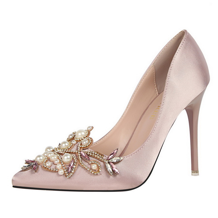 2019 sexy elegant banquet women's shoes high-heeled shallow mouth pointed satin pearl rhinestone single wedding shoe high heels