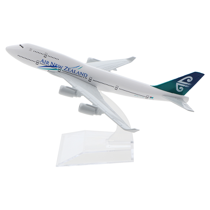 16cm Air New Zealand Boeing 747 Aircraft Model Diecast Metal Model Airplanes 1:400 Metal Aeroplane Plane Airplane Model Toy image