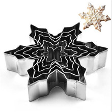 5Pcs/set Xmas Snowflake Shape Cookie Cutters Stainless Steel Snow Form Biscuit Mold DIY Fondant Chocolate Cake Decorating Tools