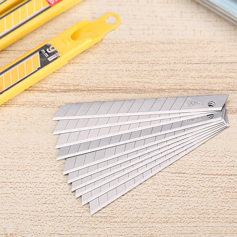 Andstal 80pcs M&G SK5 Japanese Steel Cutter Blades 9mm Cutting Utility Knife Blade Paper Cutters Cuter Knife For Office Supplies